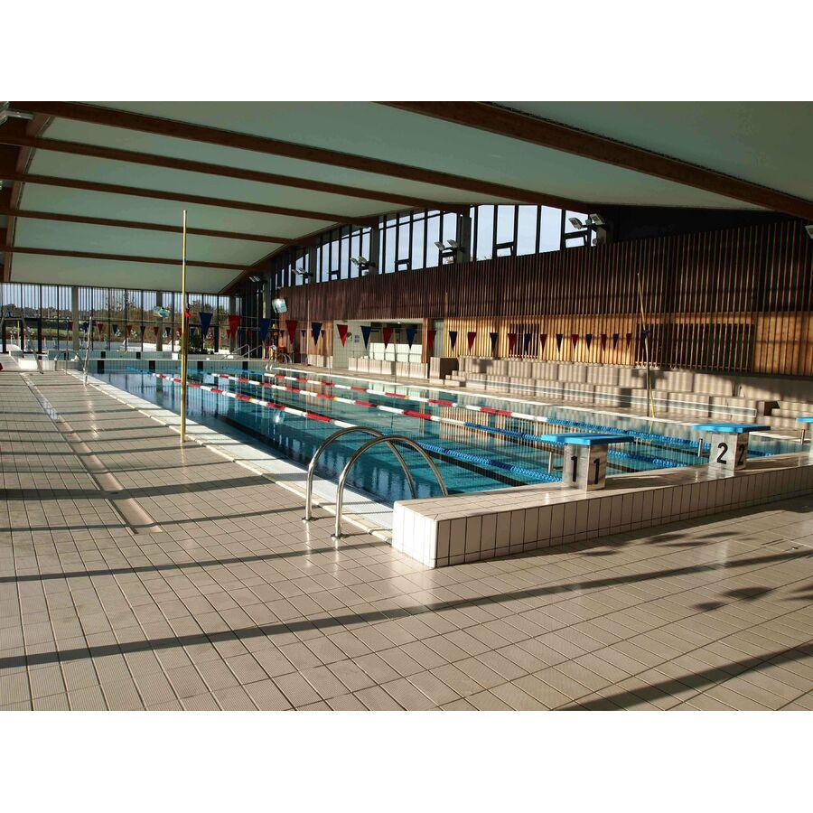 Centre aquatique plouf piscine ch teau du loir for Centre du plateau piscine