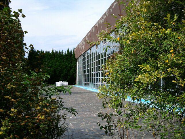 Le solarium de la piscine de Lomme
