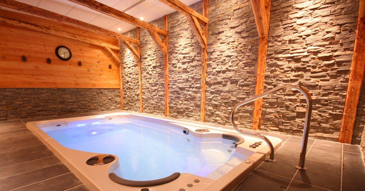 les plus beaux spas de nage en photos spa de nage acrylique par clair azur photo 4. Black Bedroom Furniture Sets. Home Design Ideas