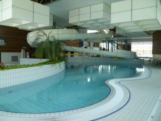 Le toboggan de la piscine AquaRé à Saint Martin de Ré