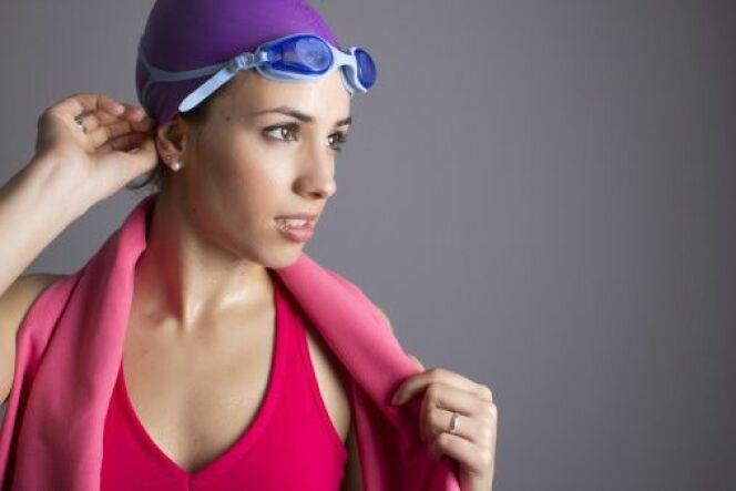 "Les accessoires du nageur<span class=""normal italic petit"">© iStock - Thinkstock</span>"