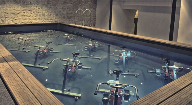 Vélos de piscine à l'Atelier Mood de Paris