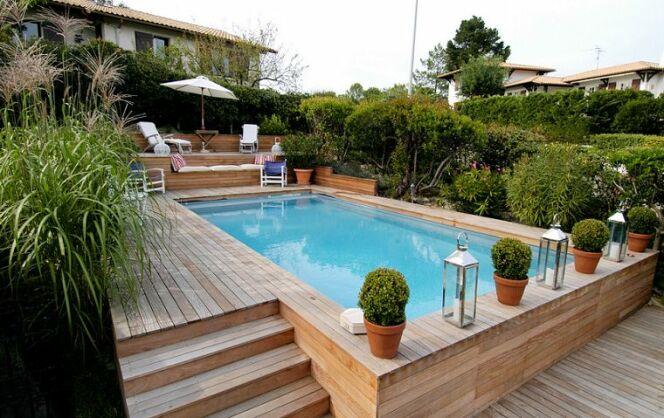 Les accessoires pour piscine semi enterr es for Kit piscine semi enterree bois