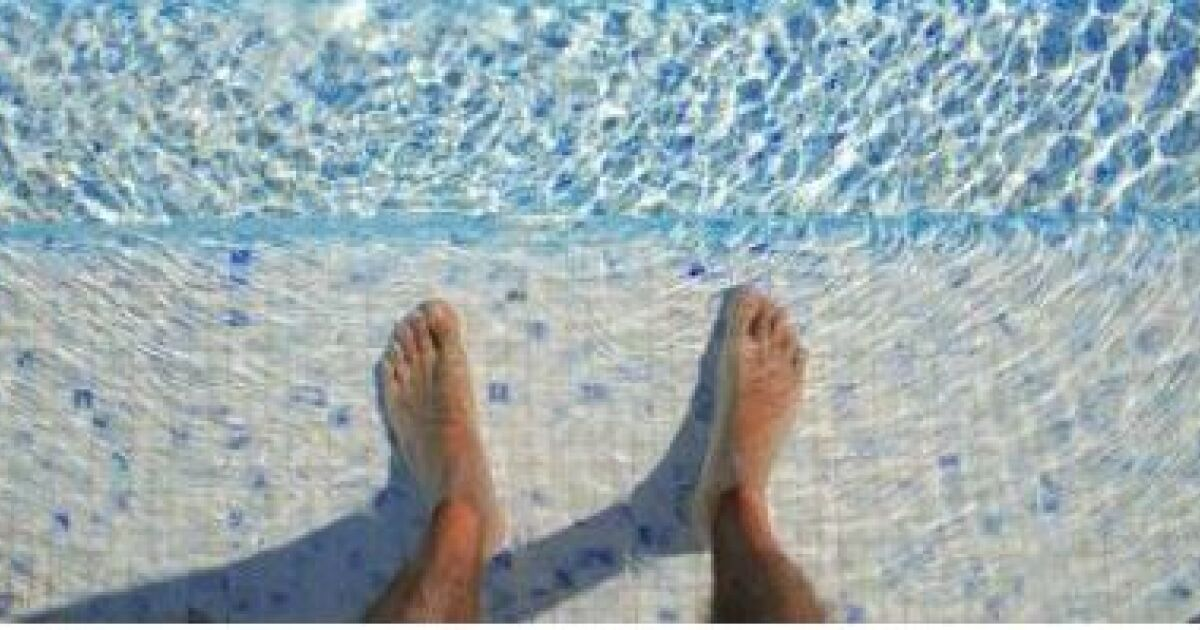 Traitement piscine au sel ou chlore id e for Allergie au chlore de piscine