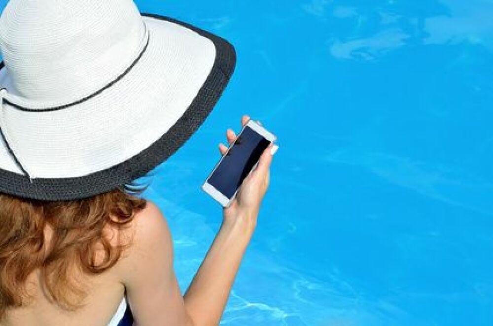 Les applications pour piscine ont la côte chez les particuliers...et les professionnels !DR