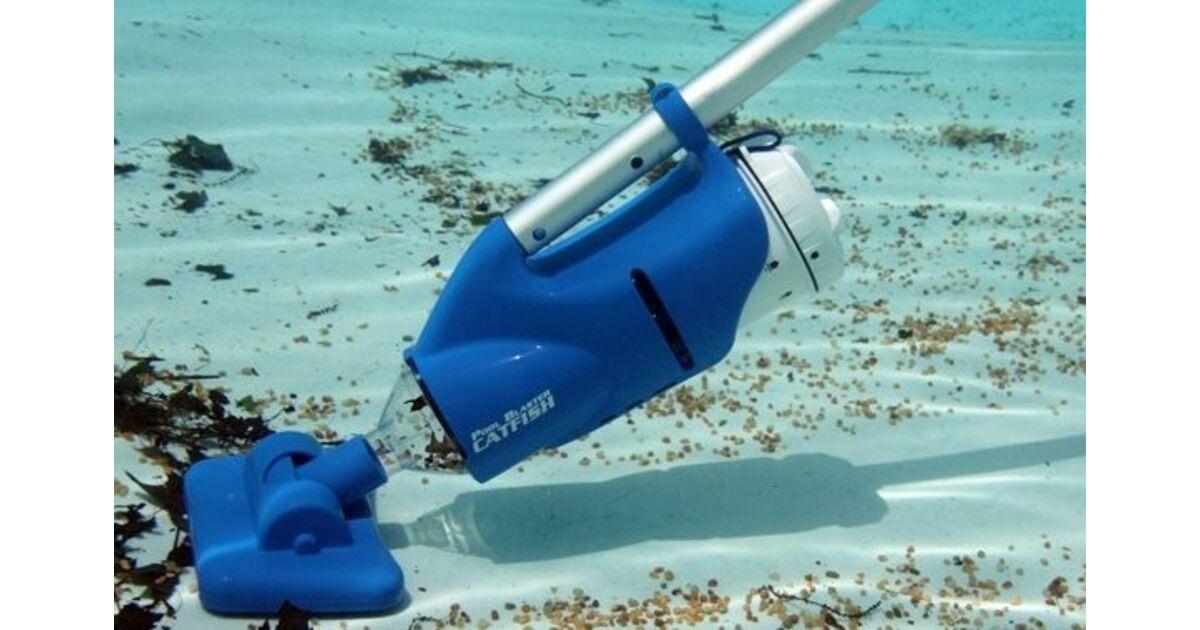Les aspirateurs batterie pour piscine for Aspirateur de piscine