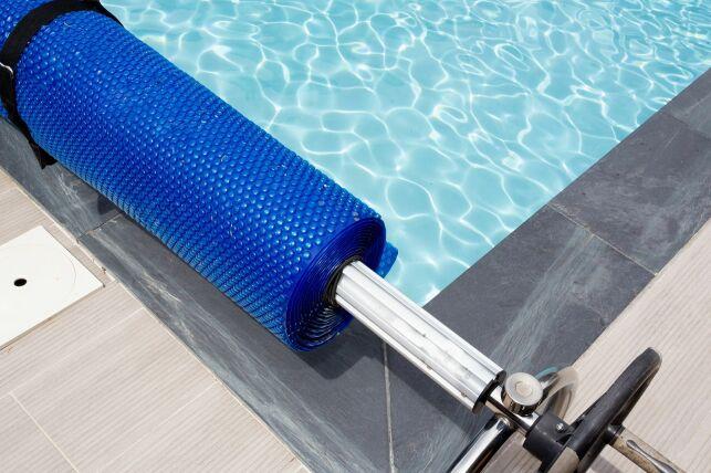 Les bâches et couvertures pour mini-piscines