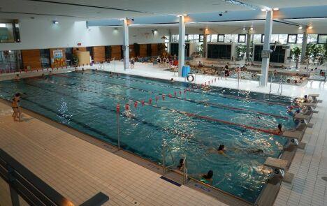 "Les bassins sportifs, ludiques et pataugeoire<span class=""normal italic"">© Piscine Inoxia à Chateaugiron</span>"