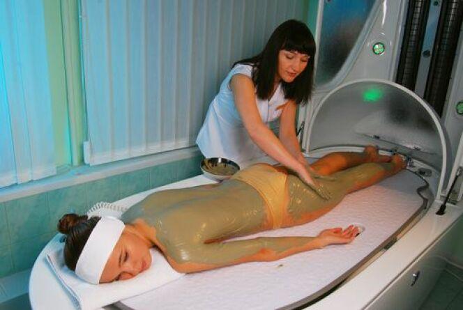 L'enveloppement corporel est à la fois bénéfique pour la beauté et la santé de la peau mais aussi pour le moral.
