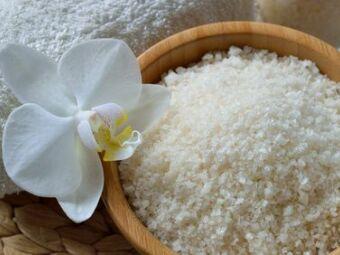 Les sels de bain : une touche de bien-être parfumé pour votre baignoire