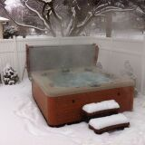 Les couvercles de spa : protection et isolation