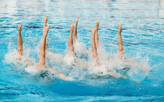 """Plusieurs difficultés à surmonter en natation synchronisée<span class=""""normal italic petit"""">© Fotolia_34147034_XS</span>"""