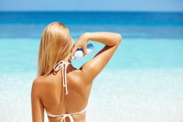 Les douches auto-bronzantes ne protègent pas du soleil, pensez toujours à vous protéger en cas d'exposition !