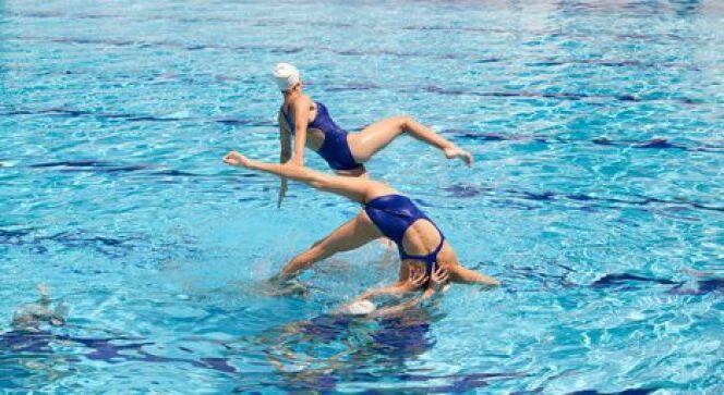 """Les équipements nécessaires pour la natation synchronisée<span class=""""normal italic petit"""">© Fotolia_36297352_XS</span>"""