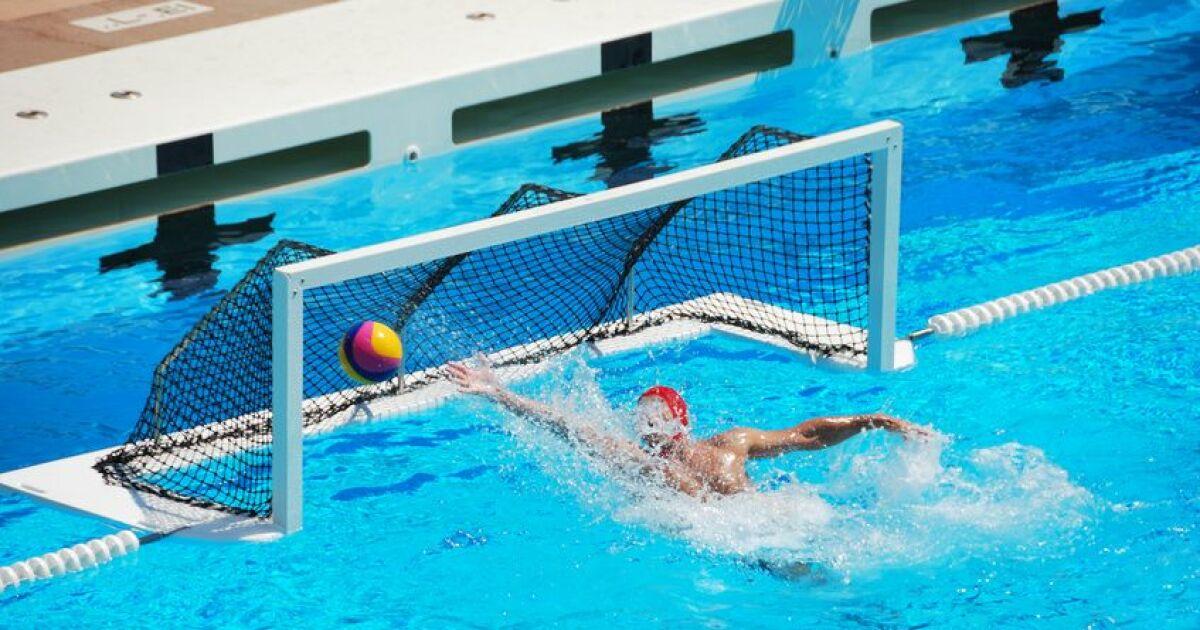 Les quipements pour pratiquer le water polo for Sport en piscine pour maigrir