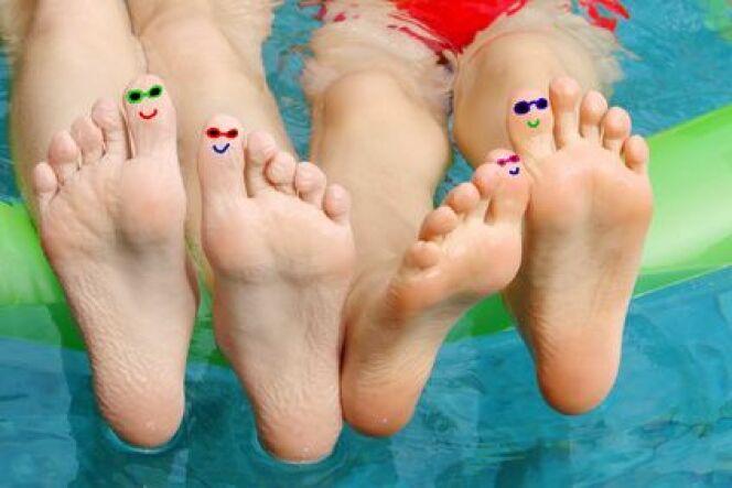 """Les jours fériés à la piscine <span class=""""normal italic petit"""">© Delphimages - Fotolia.com.jpg</span>"""