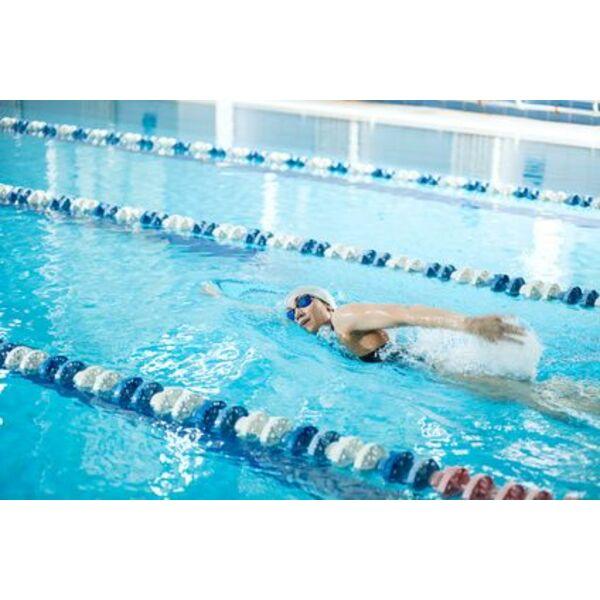 Les lignes de nage en piscine municipale - Piscine ligne de nage ...