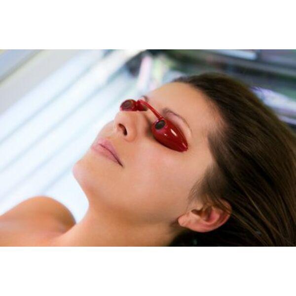 b7626b688f Les lunettes de solarium sont indispensables pour protéger vos yeux pendant  votre séance d'UV