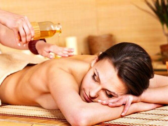 """Les massages énergétiques<span class=""""normal italic petit"""">DR</span>"""