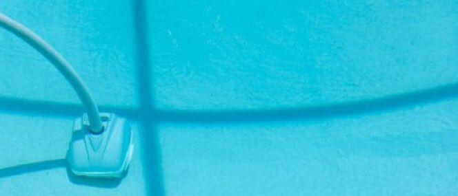 "Les meilleurs aspirateurs de piscine <span class=""normal italic petit"">© Joel Carillet - Thinkstock</span>"