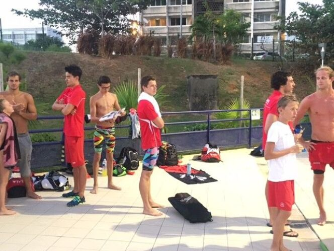 Les nageurs du MON en stage à la Martinique.