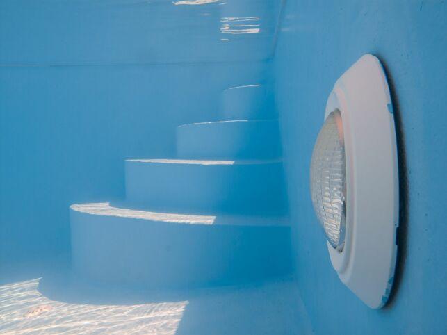 Les paroi de la piscine : un élément de la structure du bassin