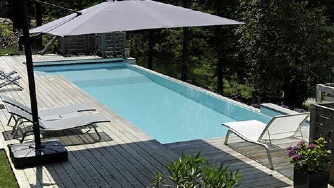 Les piscines à débordement, c'est le luxe et le plaisir à domicile.