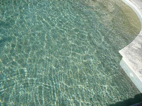 Les Piscines du Pays d'Arles à Arles - Entretien de piscine