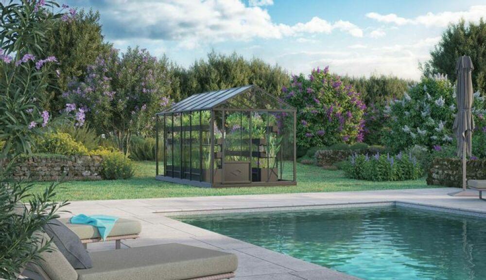 Les piscines écologiques Azuvia renforcent leur équipe © Azuvia