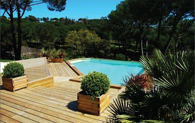 Les piscines en bois Bluewood © Bluewood