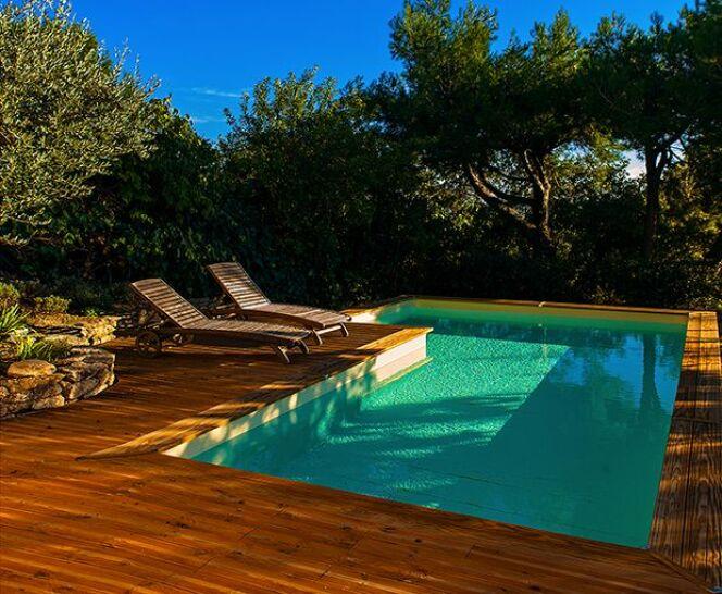 Les piscines en bois bluewood les piscines en bois for Guide construction piscine