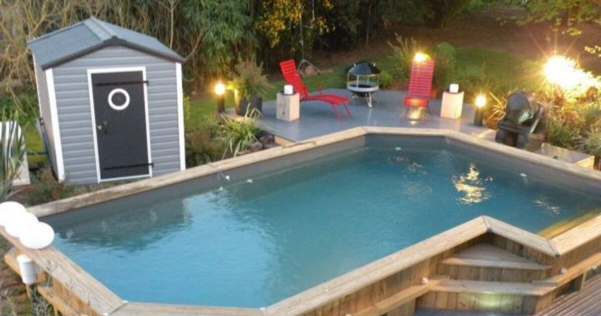 Amenagement piscine bois affordable amnagement piscine for Piscine teck semi enterree