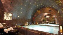 Les plus belles piscines intérieures d'hôtels Parisiens : le classement !