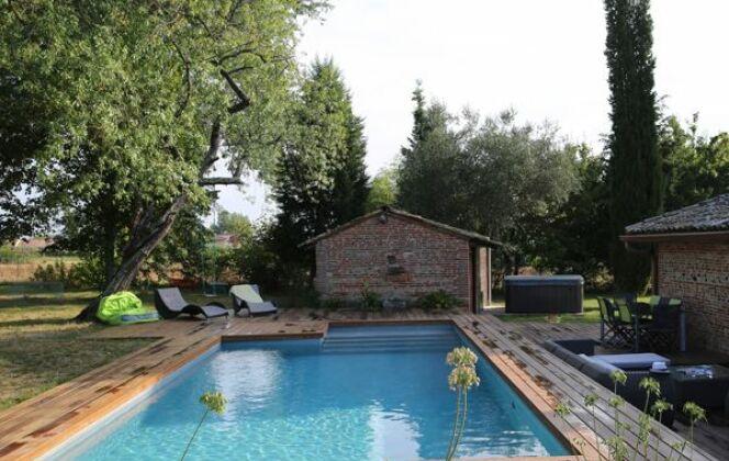 Les plus belles piscines rectangulaires en photo © Piscines Marinal