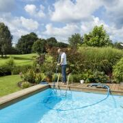 Les prestations comprises dans un contrat d'entretien piscine