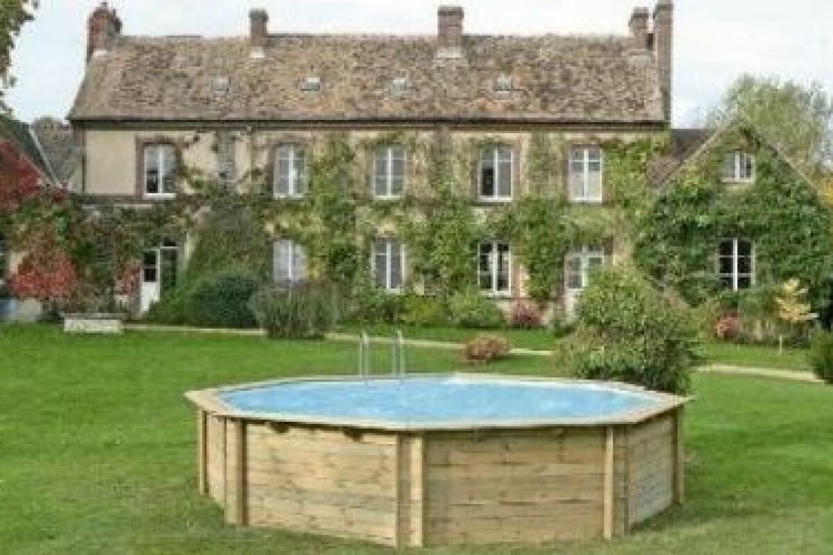 Piscine Hors Sol Bois Petite Dimension prix d'une piscine bois : les différents tarifs et coûts