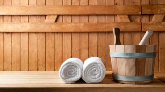 """Les produits d'entretien du sauna sont spécifiques au matériau utilisé : le bois.<span class=""""normal italic petit"""">© Rido - Fotolia.com</span>"""