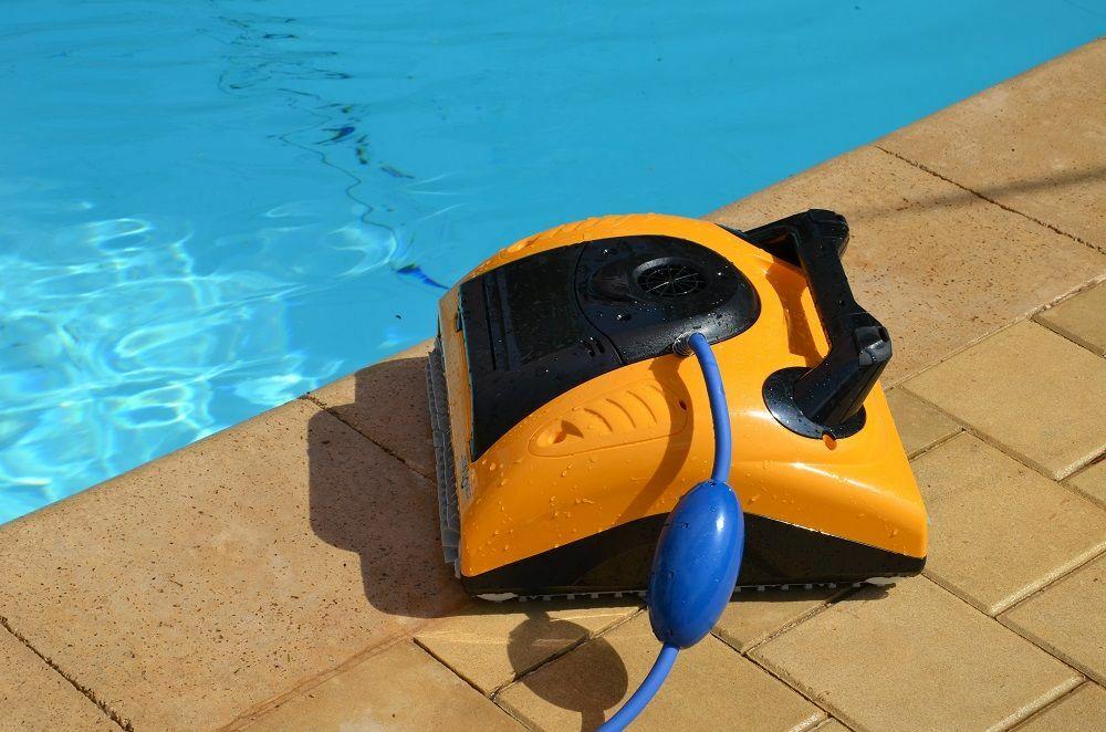 Les robots de piscine : un avantage concurrentiel pour les piscinistes © Robot W20 - Maytronics.