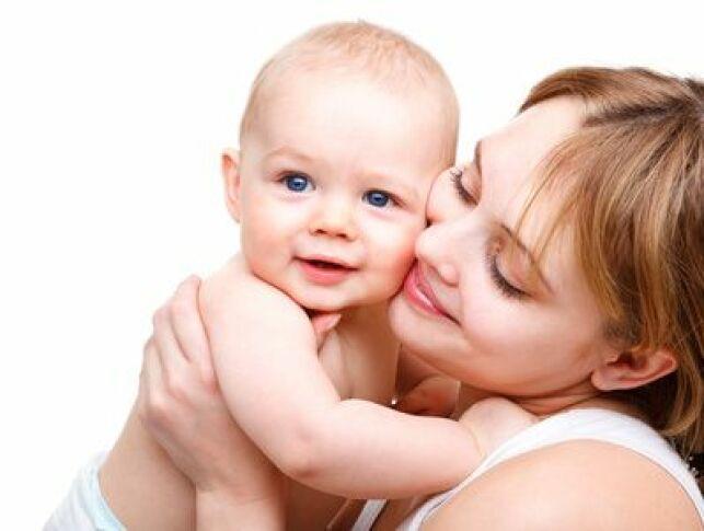 Les soins bébé bio sont adaptés à la peau sensible des tout petits