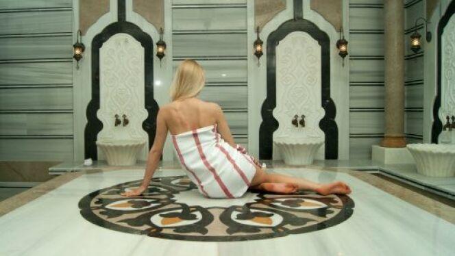 """Les soins et rituels du hammam font d'une séance un véritable moment de plaisir.<span class=""""normal italic petit"""">© barisdincol -Thinkstock</span>"""