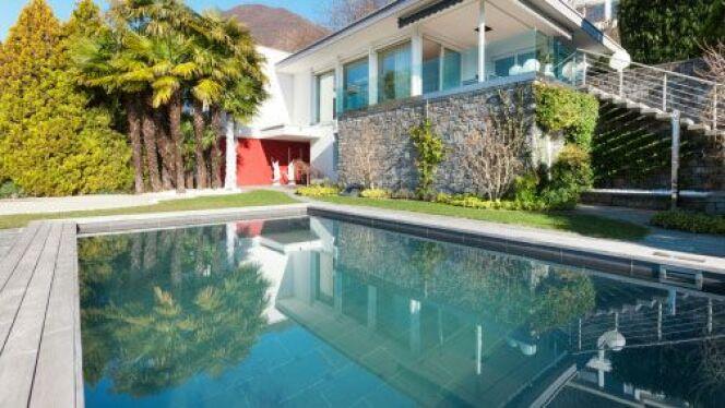 """Les solutions pour chauffer l'eau de votre piscine<span class=""""normal italic petit"""">© piovesempre - Thinkstock</span>"""