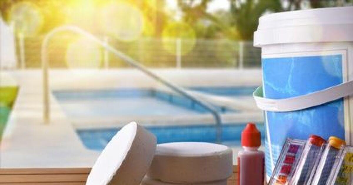 galeries photos traitement de l 39 eau de votre piscine et produits piscine utiliser. Black Bedroom Furniture Sets. Home Design Ideas