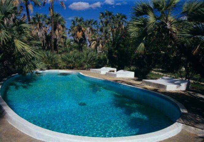 "Liner de piscine qui noircit<span class=""normal italic petit"">© Top Photo Corporation - Thinkstock</span>"