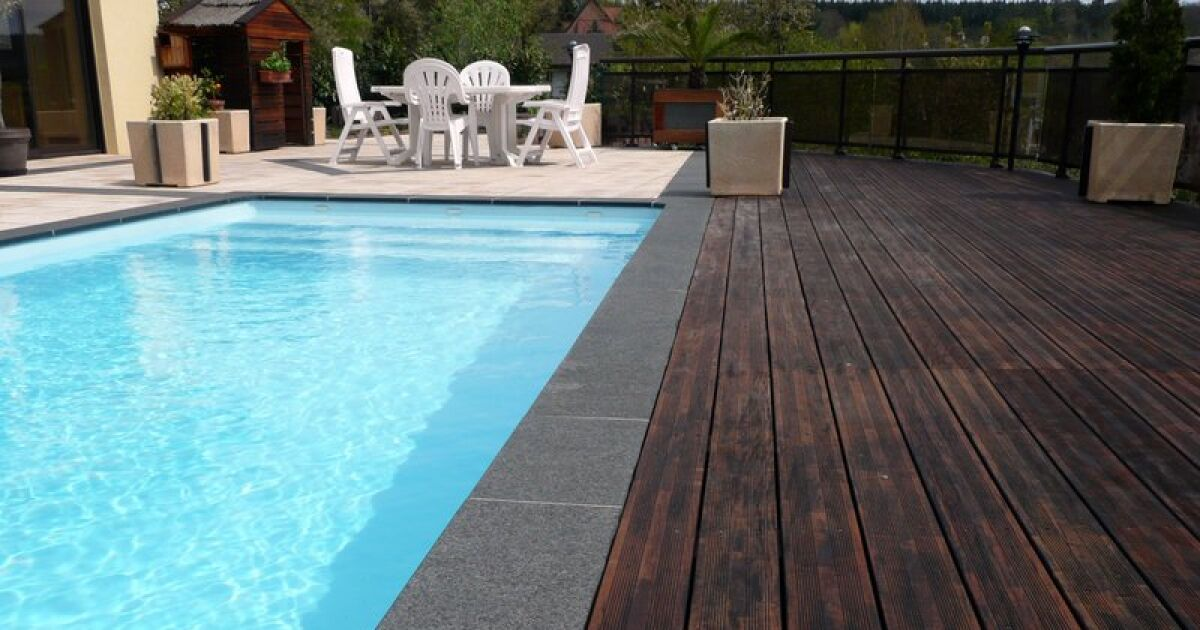 Lno piscines desjoyaux limonest pisciniste rh ne 69 for Renovation piscine desjoyaux