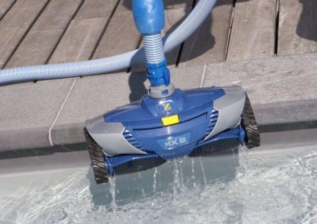 La location d'un robot de piscine permet d'économiser sur l'achat de ce matériel spécifique.