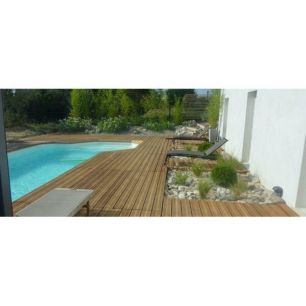 Piscine losa ved ne pisciniste vaucluse 84 for Construction piscine 82