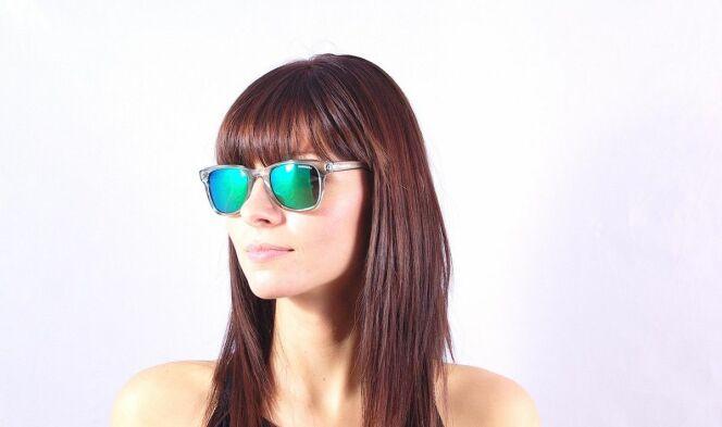 Lunettes de soleil femme monture transparente verres miroirs Carrera 2013