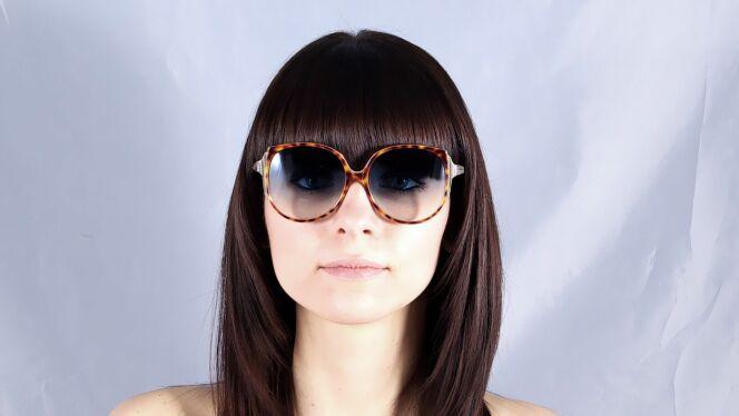 Lunettes de soleil Victoria Beckham écailles verres dégradés été 2013
