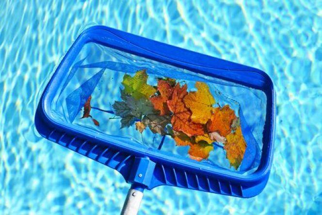 "Ma piscine en automne <span class=""normal italic petit"">© Elena Elisseeva</span>"