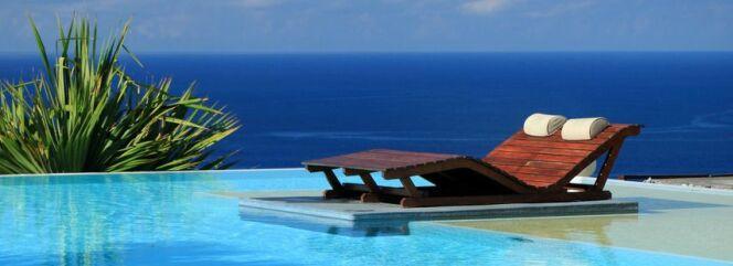 "Ma piscine en juillet<span class=""normal italic petit"">© Unclesam - Fotolia.com</span>"
